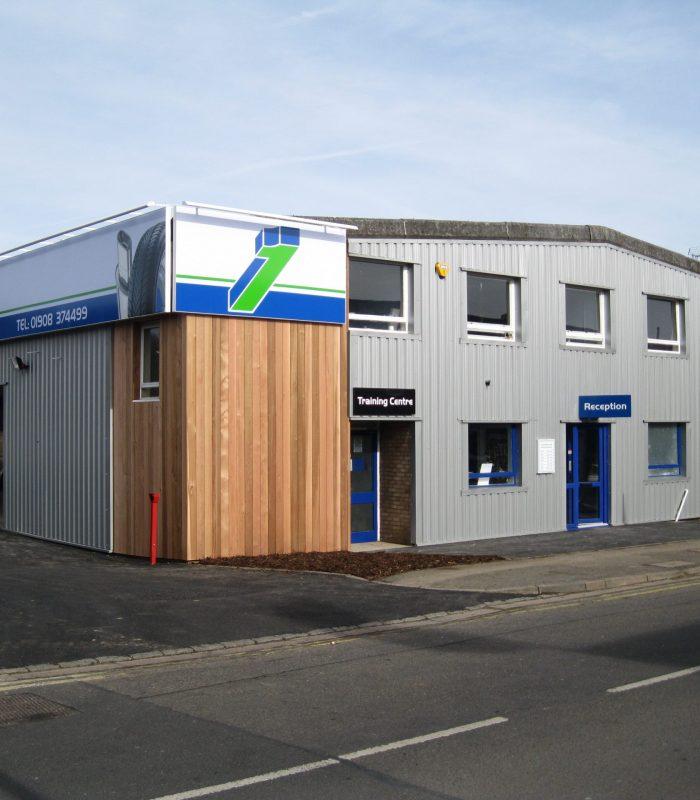 Formula One Auto Centre Bletchley